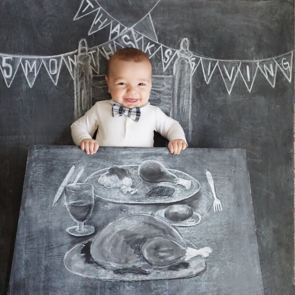 Chalkboard Art. Newborn Photography. Nezo Art. Creative Monthly Milestone Photo. Chalk Art. Thanksgiving Photo