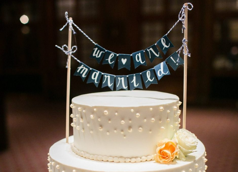 DIY PAPER BANNER CAKE TOPPER FOR WEDDING OR BIRTHDAY CAKE
