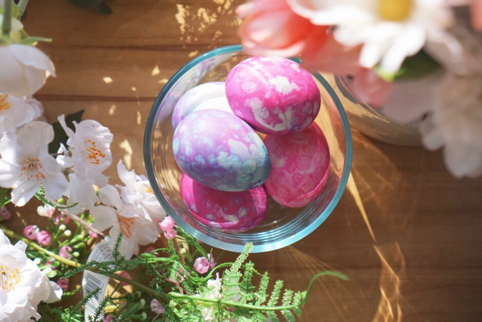 bubble wrap easter egg dye technique