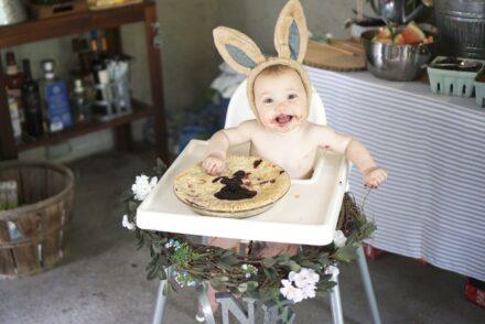 Peter Rabbit first birthday party blueberry pie smash