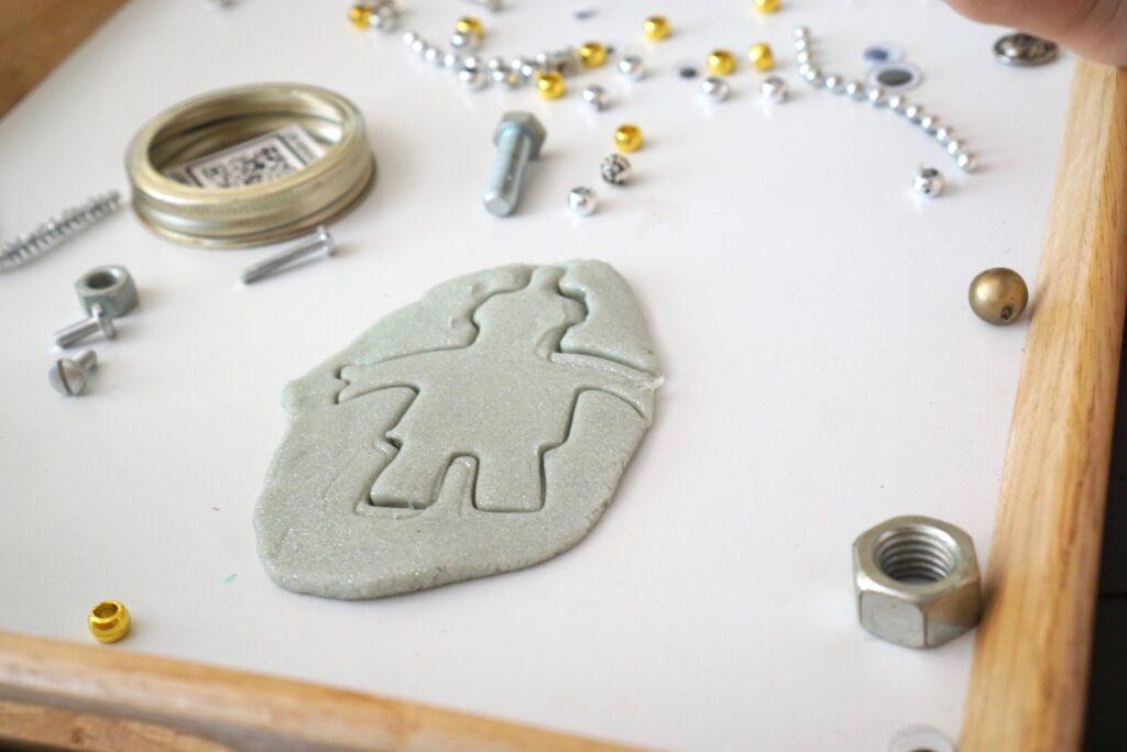 Build-A-Robot playdough kit jar, silver metallic play dough and metalllic loose parts reggio emilia inspired invitation to create, robot party favor preschool kids activity