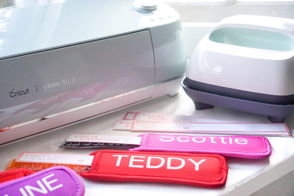 freeze pop holder valentines with cricut machine and heat press