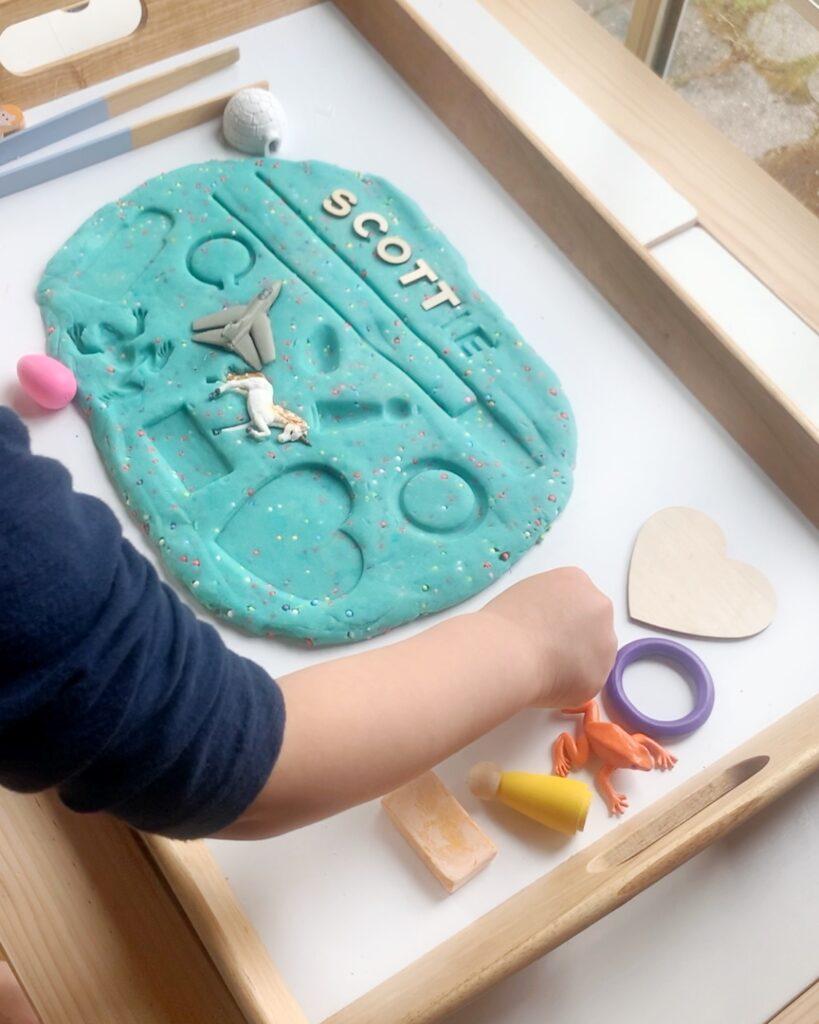 playdough puzzle, easy diy sensory play with loose parts, shadow puzzle, preschool activity